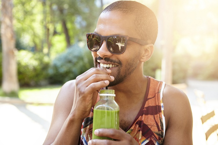 Drink Green Juice to Fight Migraines and Headaches